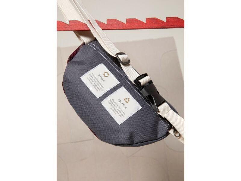 Eastpak springer Recycled övtáska - SR+ szürke | EK074